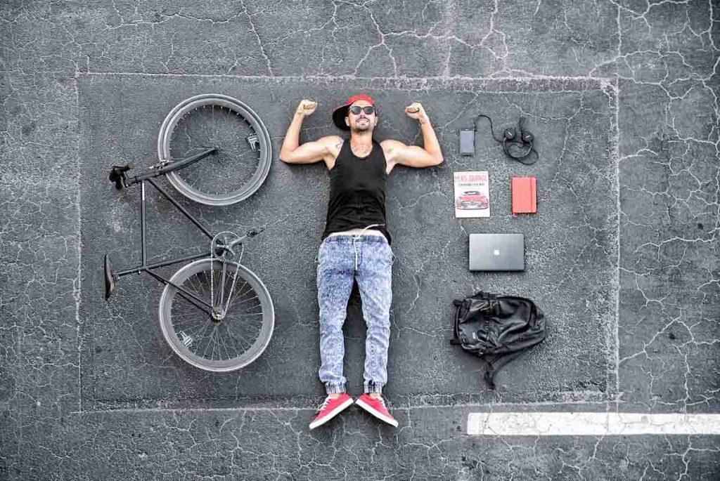 Fahrrad Mann Rucksack