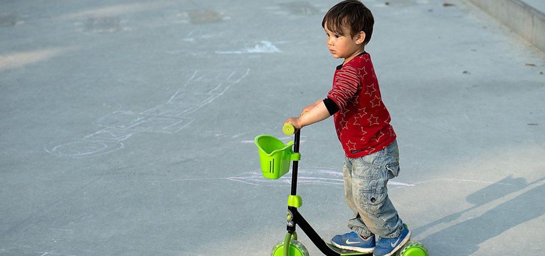 Junge Roller Jeanshose