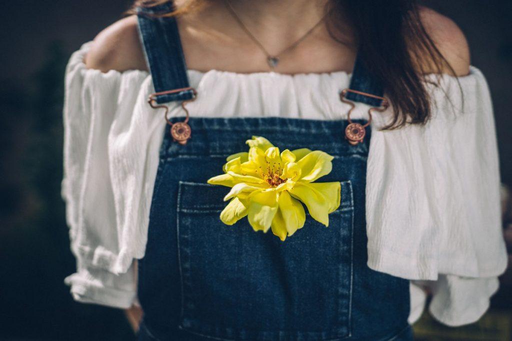 Latzhose Blume Carmentop