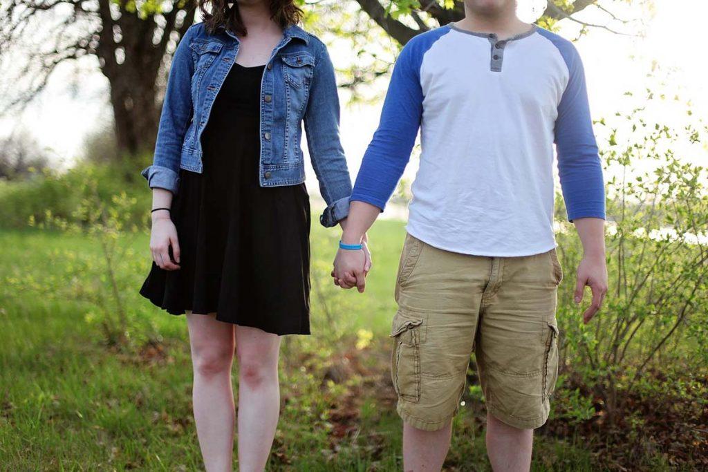 Paar Jeansjacke Shorts