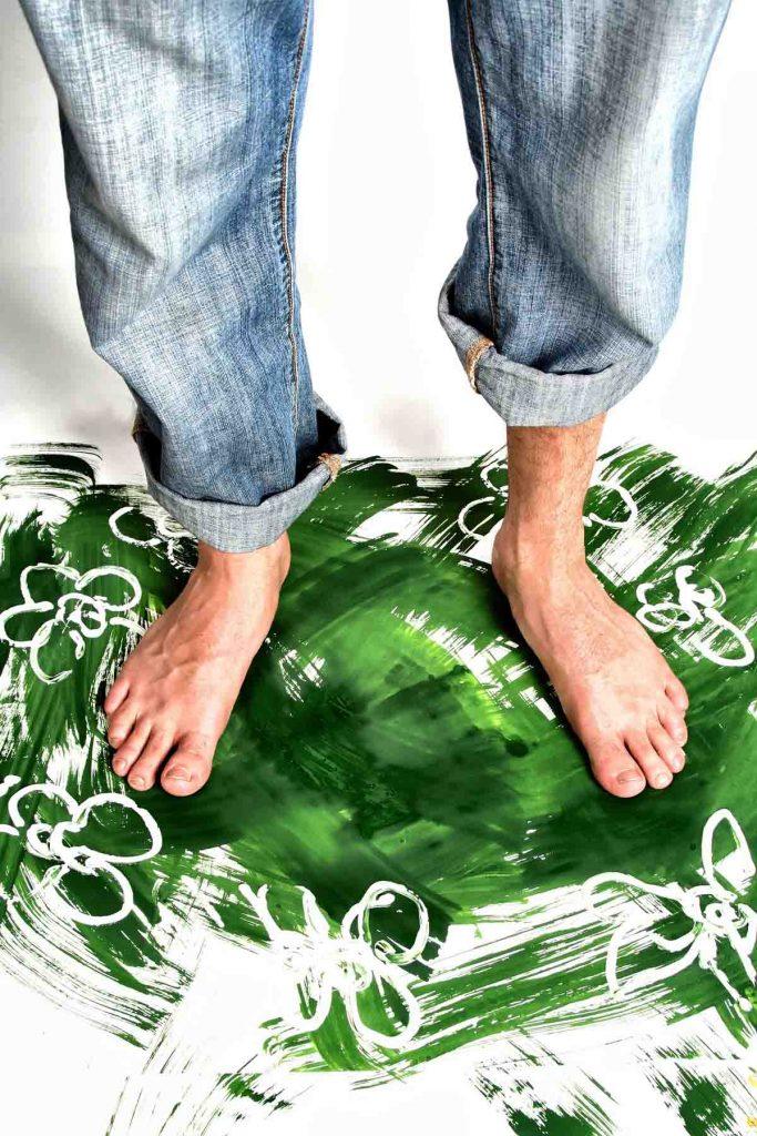 Jeanshose Füße Farbe