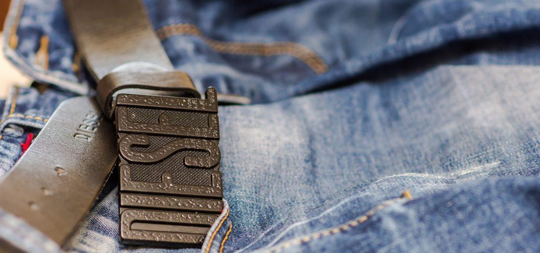 Diesel Gürtel Jeanshose Denim
