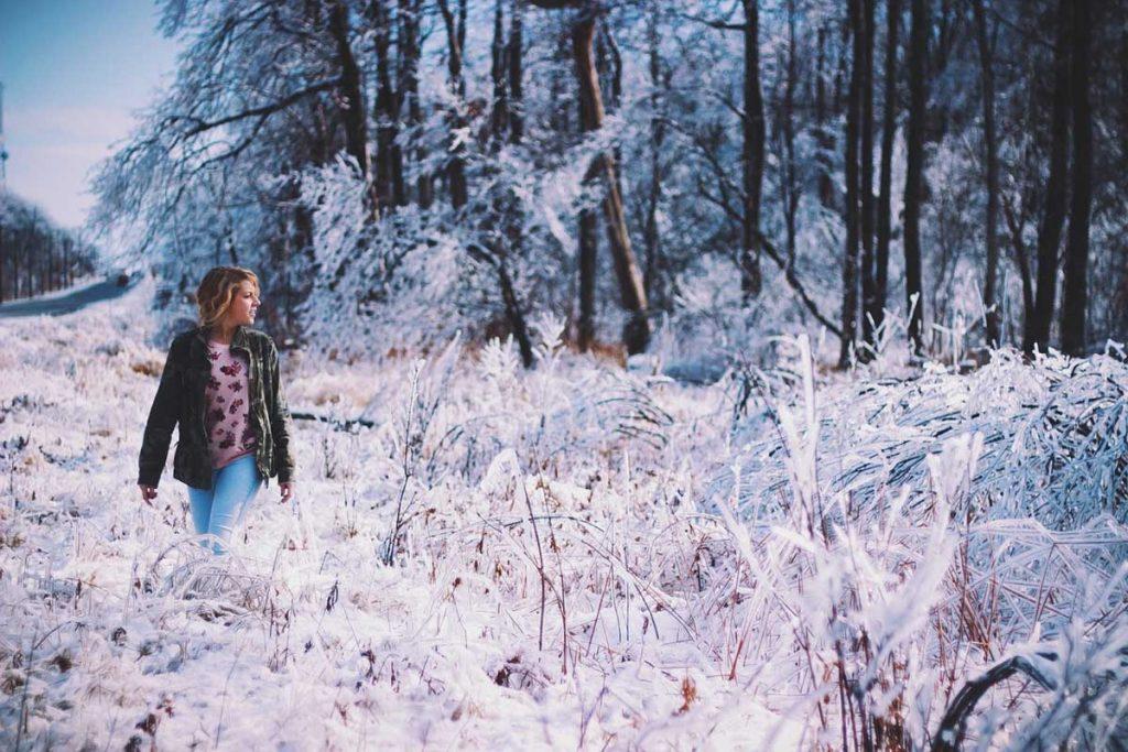 Winter Jeanshose Lederjacke Pullover