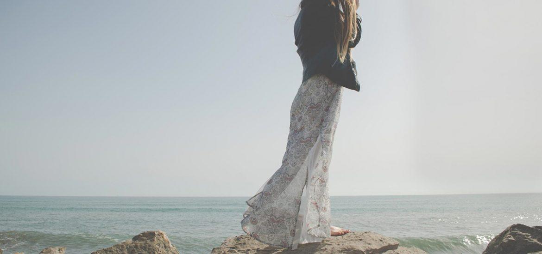 jeansjacke kleid steine frau