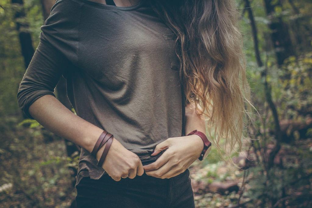 longsleeve jeanshose lederband uhr